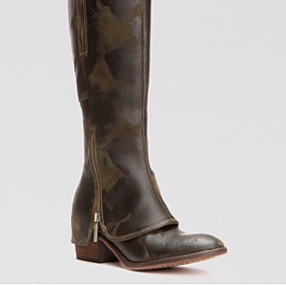 Donald J Pliner Devi 3 Boot Olive Camo